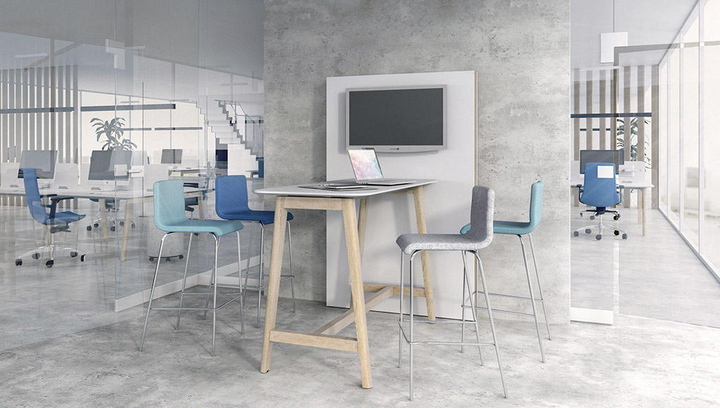 office huddle space with table and chairs